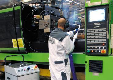 Limpieza máquina inyección de plástico
